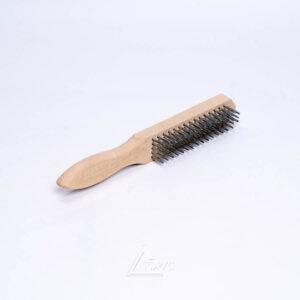 Щетка металлическая деревянная ручка 4-х рядная
